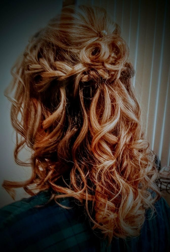 American Hairitage Salon: 26 Western Plz, Fenton, MO