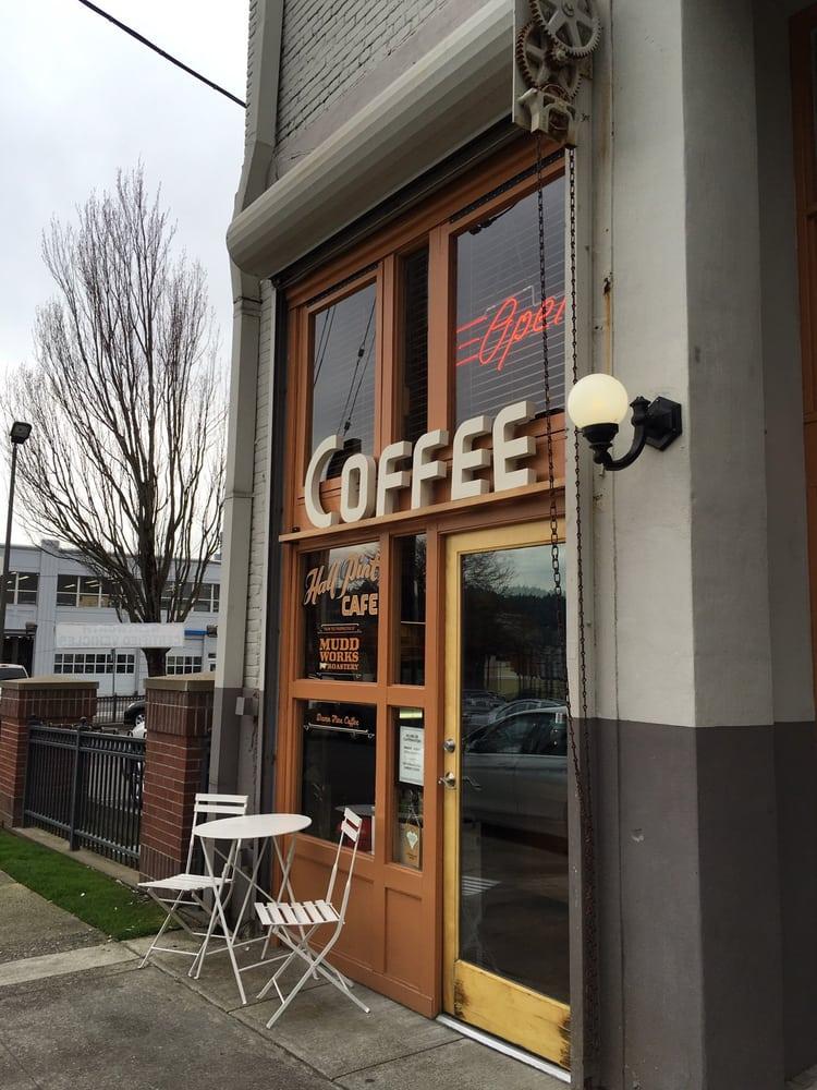 Half Pint Cafe: 537 SE Ash St, Portland, OR