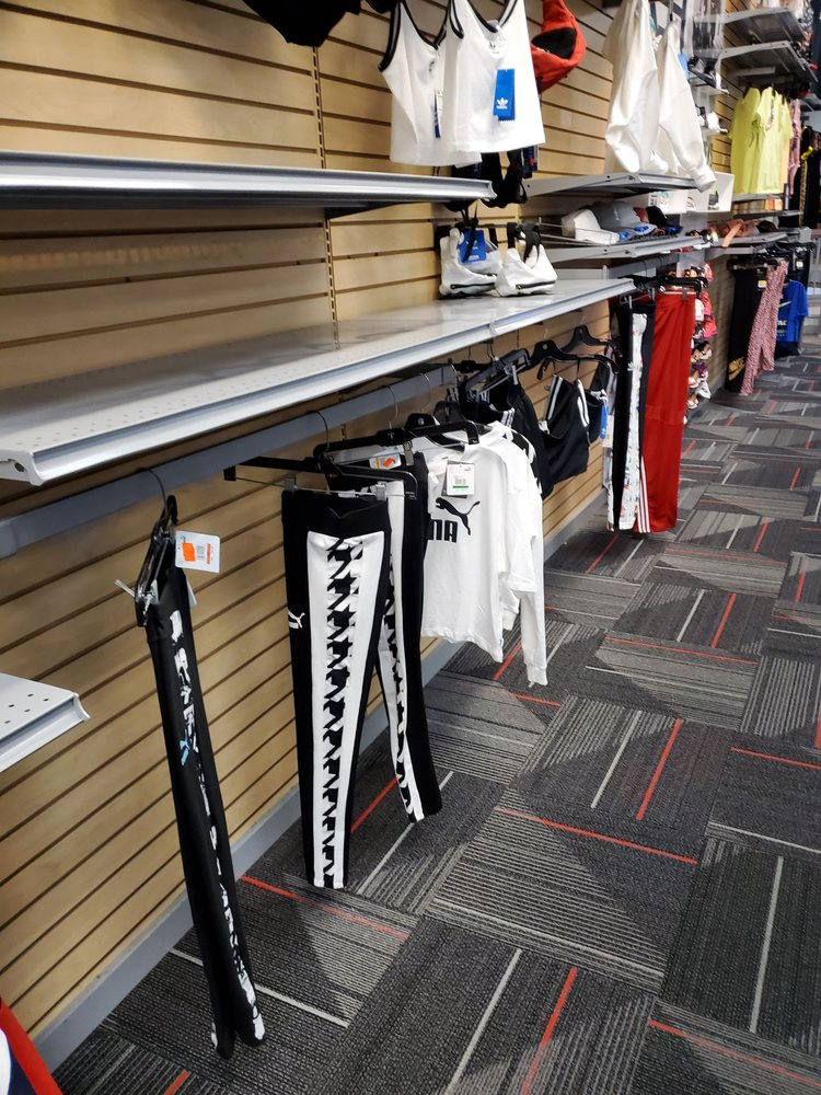 Hibbett Sports: 246 N New Hope Rd, Gastonia, NC