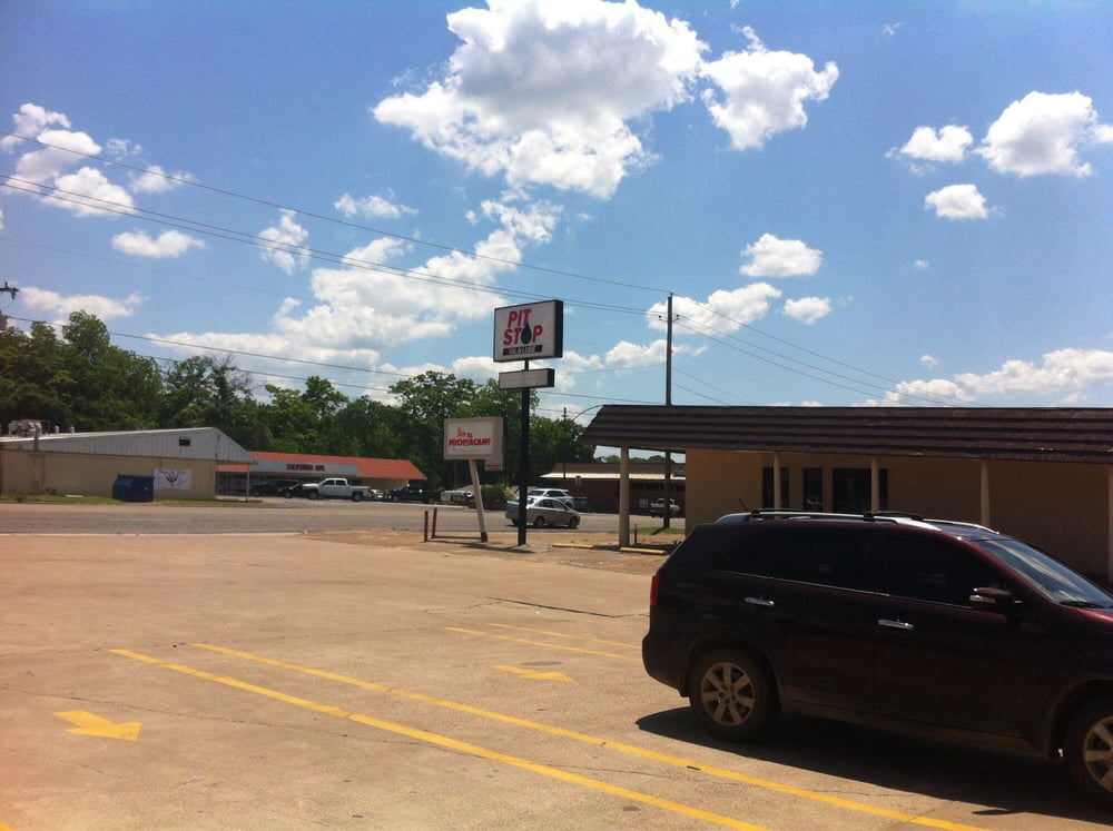 Pit Stop Oil & Lube: 406 S Palestine St, Athens, TX