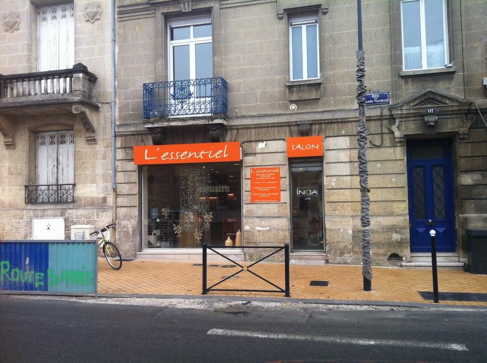 L essentiel coiffeurs salons de coiffure 112 rue du for Miroir coiffure st augustin