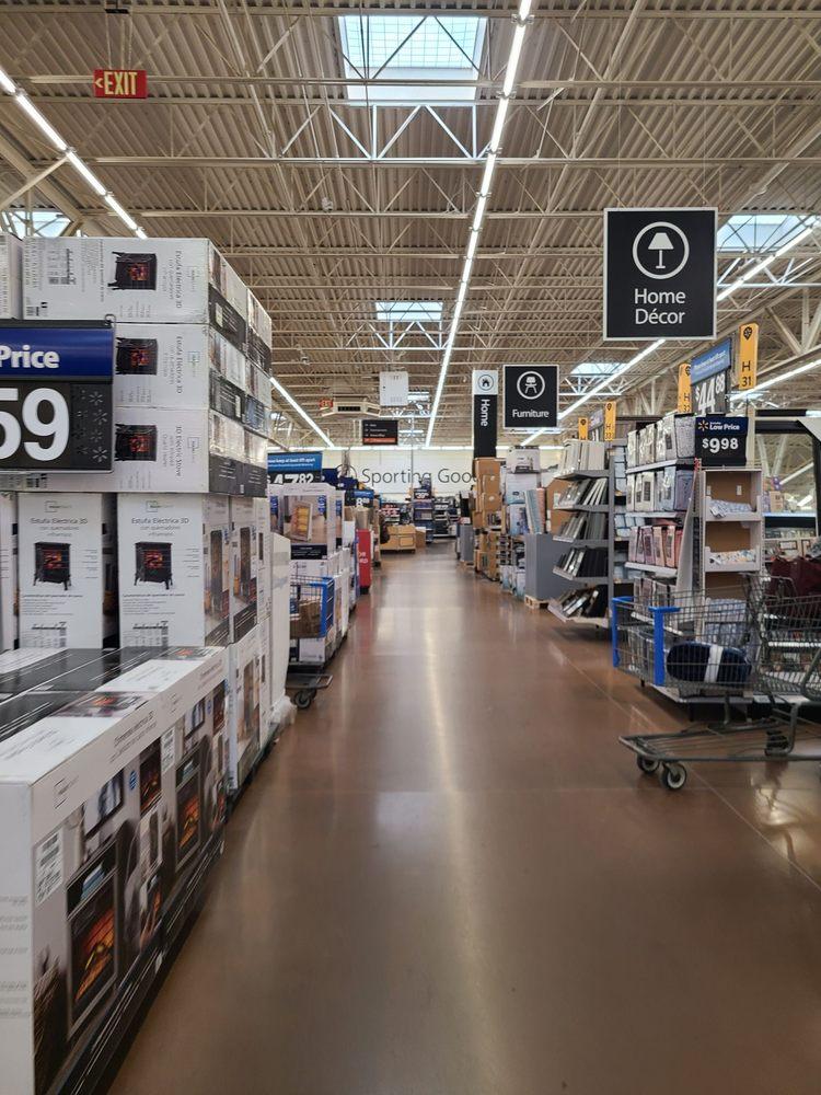 Walmart Supercenter: 2456 3rd Ave W, Dickinson, ND