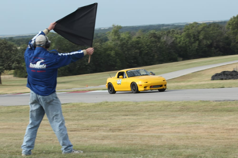 Track Dog Racing: 11414 Chairman Dr, Dallas, TX