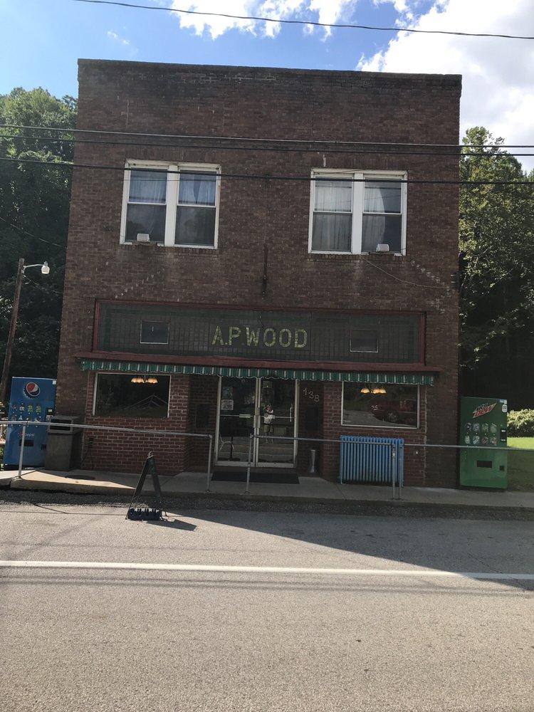 Ya'sou Restaurant: 138 E Main St, Kimball, WV