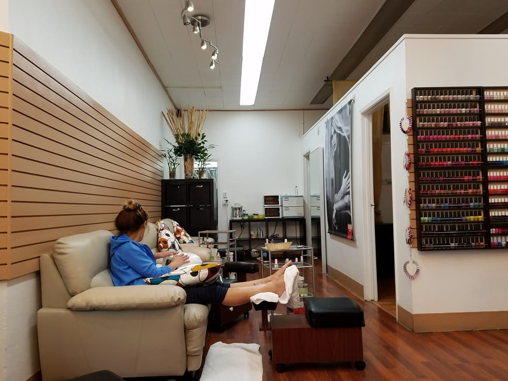 LV Nail Spa: 546 Columbus Ave, San Francisco, CA