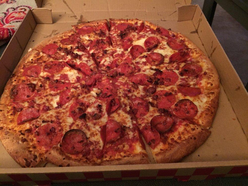 Pamore Pizza: 5416 Norwalk Blvd, Whittier, CA