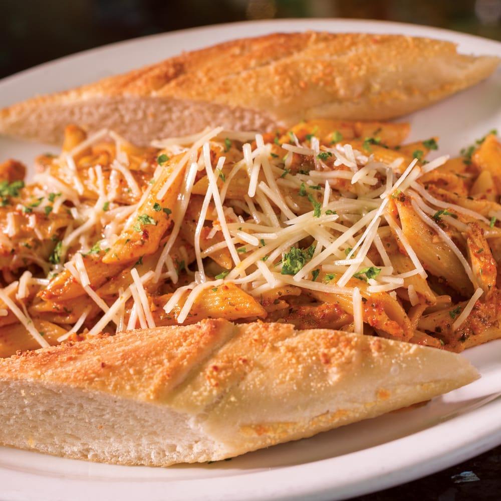 Pizza Schmizza Pub & Grub: 1350 Plaza Blvd, Central Point, OR