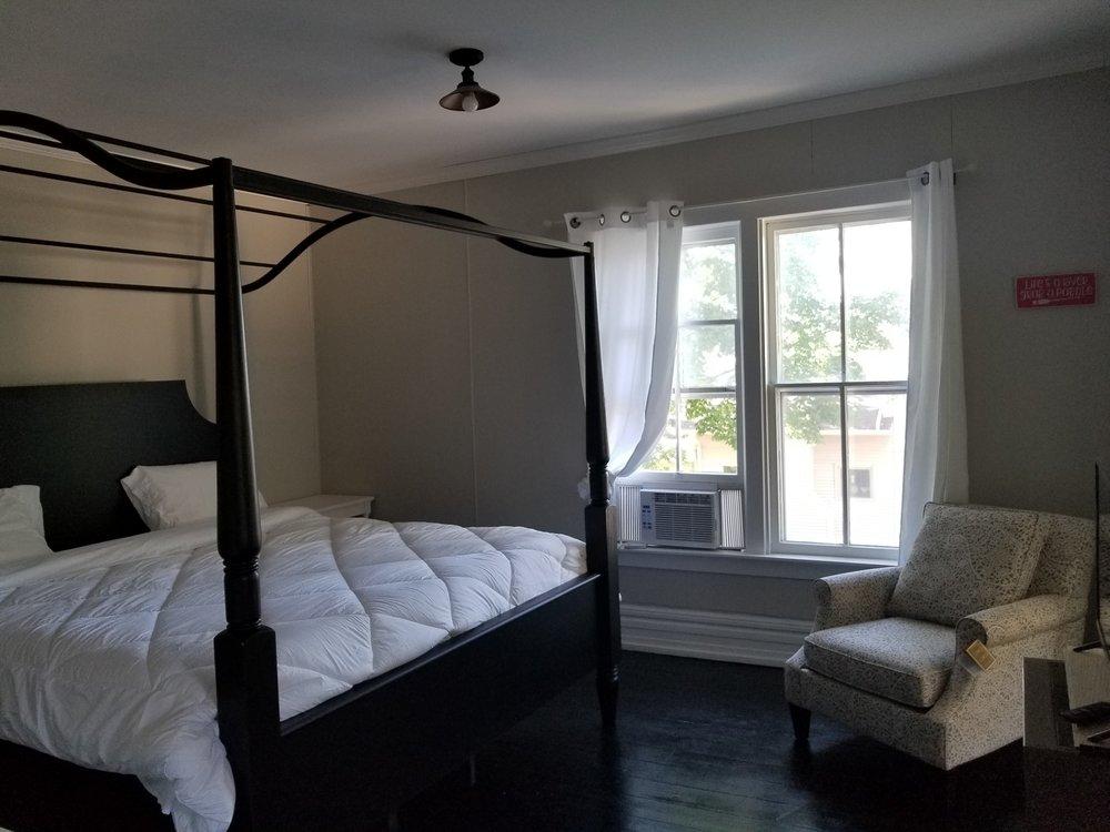 Photo of Charlevoix House: Charlevoix, MI