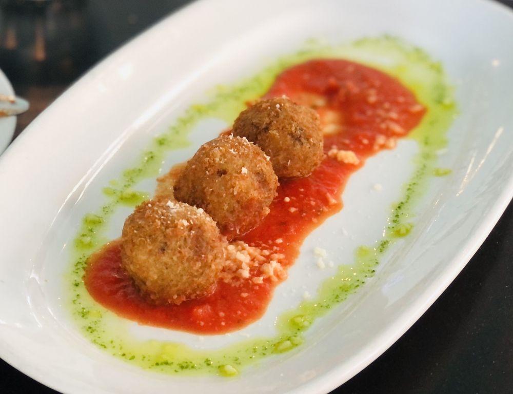 Brunos Italian Kitchen