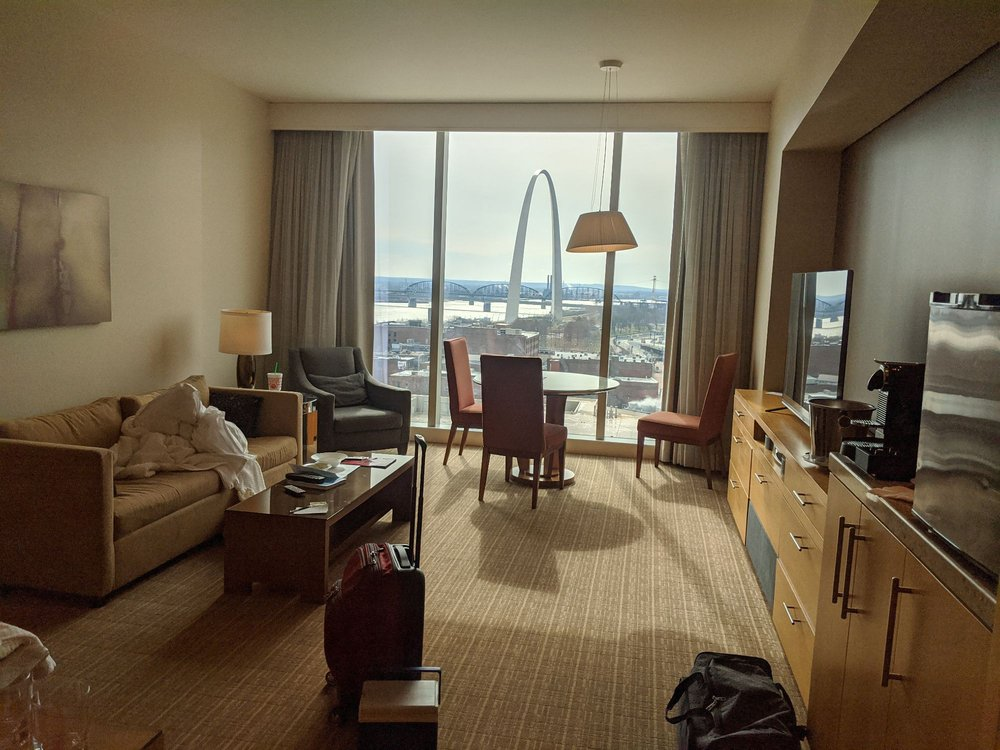 Four Seasons Hotel: 999 N 2nd St, Saint Louis, MO