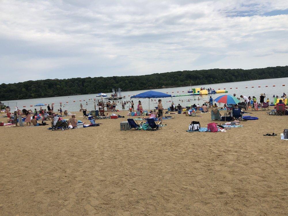 Milnot Beach At Lake Lou Yaeger: 4932 Beach House Trl, Litchfield, IL