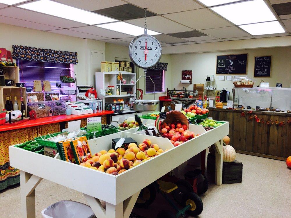 Kokopelli Farms Market: 952 I-70 Exit 45, Palisade, CO