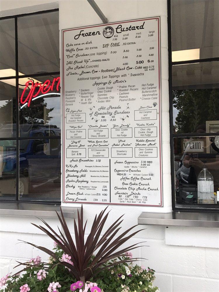 Bob's Frozen Custard: 107 N Alvarado St, Belle, MO