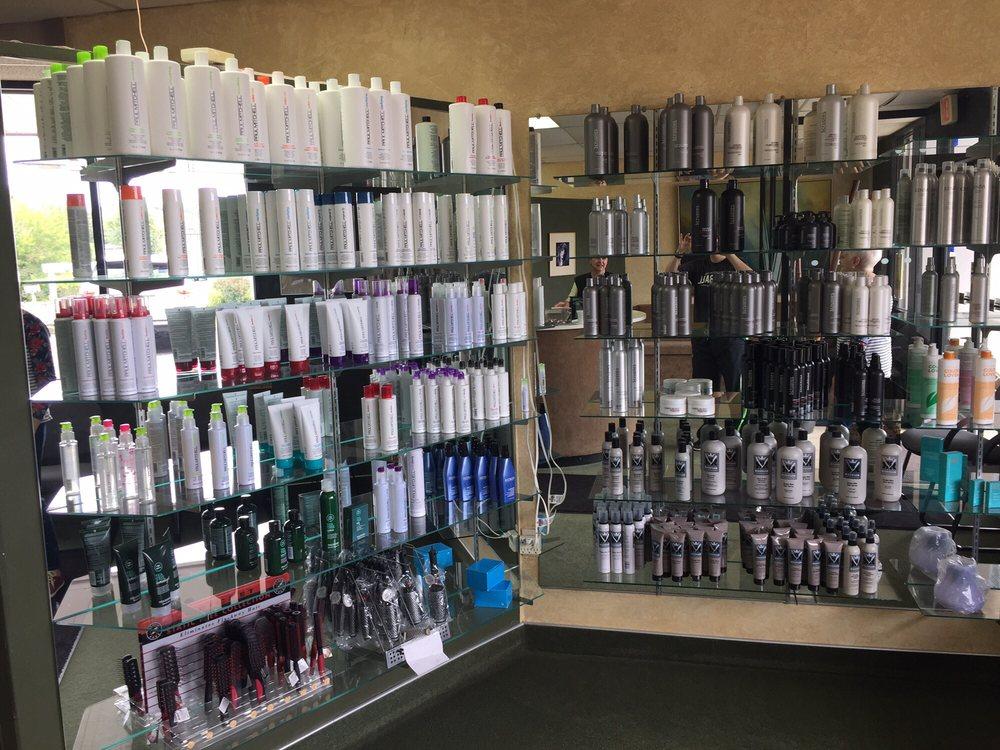 Bufano's Hair Design: 1005 Beaver Grade Rd, Coraopolis, PA