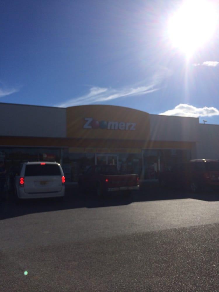 Zoomerz: 1342 West Andrew Johnson Hwy, Mosheim, TN