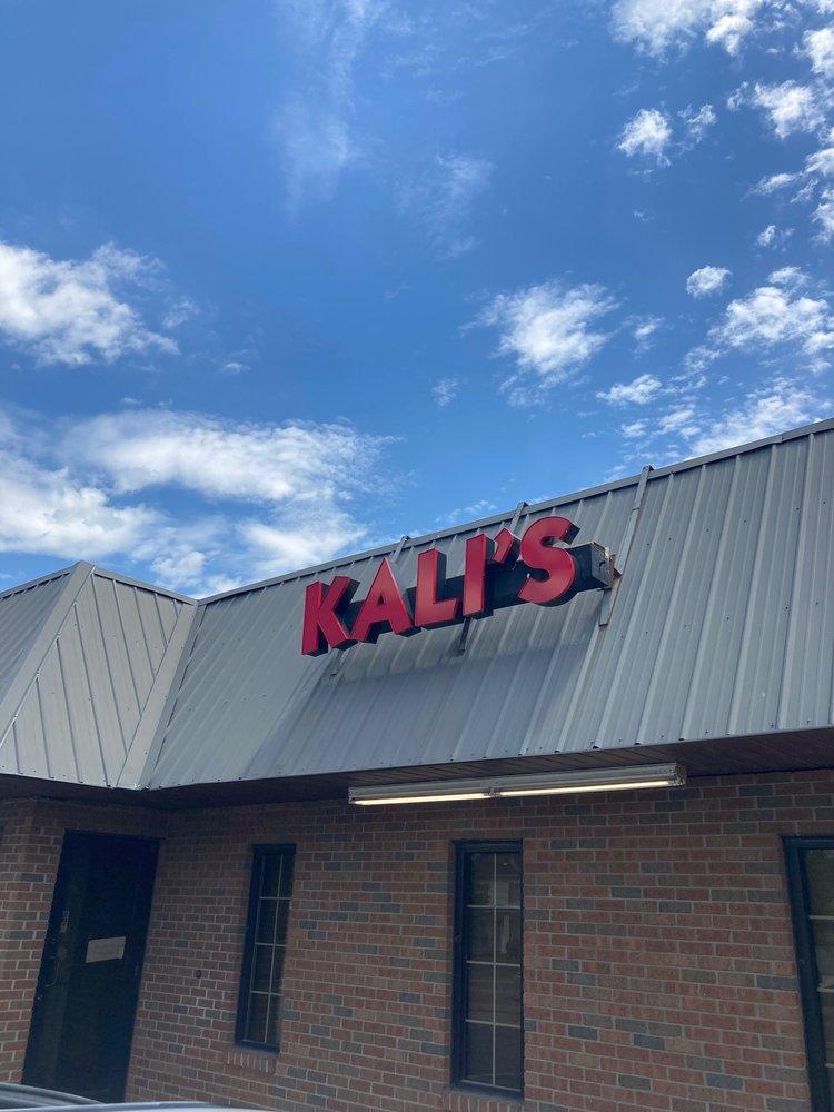 Kali's Pizza: 204 N Front St, Oak Hill, OH