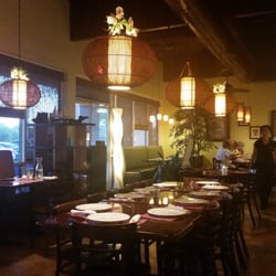 pondahan restaurant west covina ca united states the dining area is spacious and open. Black Bedroom Furniture Sets. Home Design Ideas