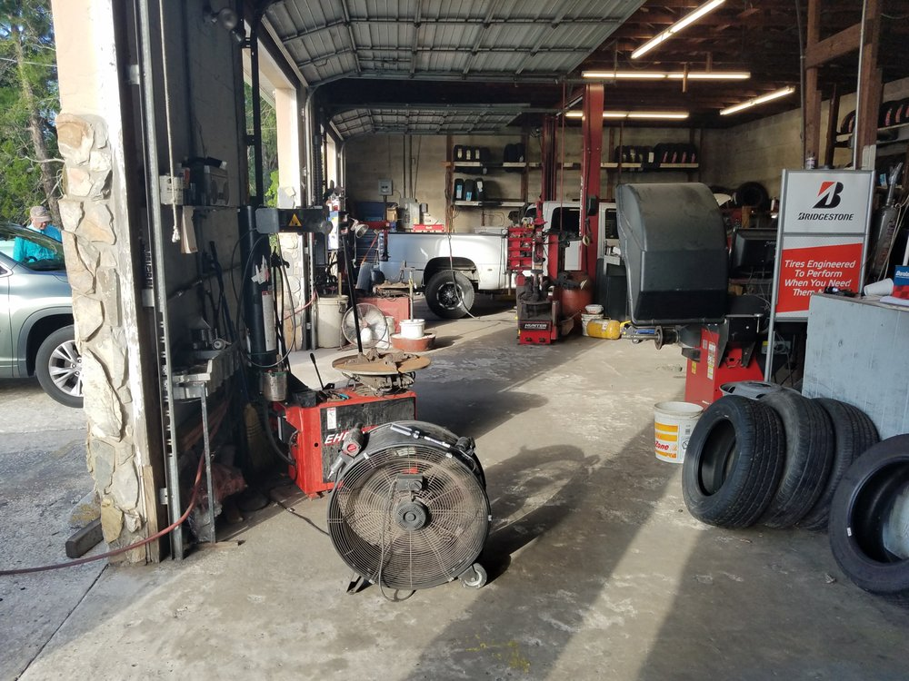 Homosassa Tire & Repair Service: 5440 S Oakridge Dr, Homosassa, FL