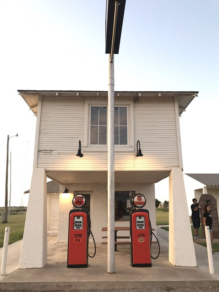 Lucille's Famous Rt. 66 Gas Station: Old Route 66, Hydro, OK