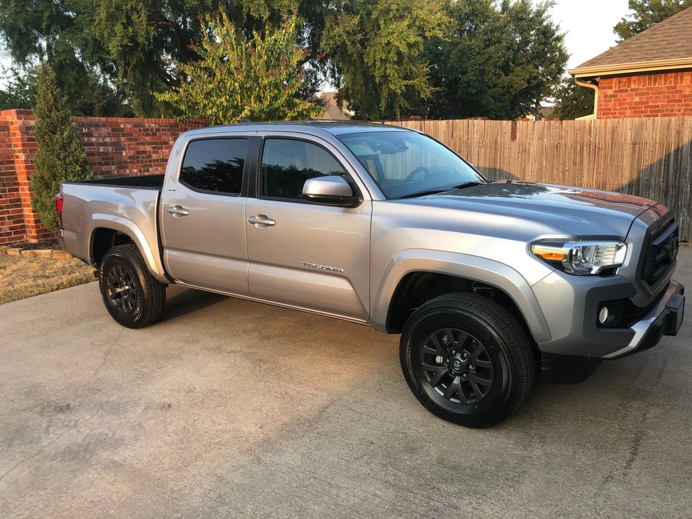 Stewart Toyota: 3400 Interstate 45 Business Lp, Corsicana, TX