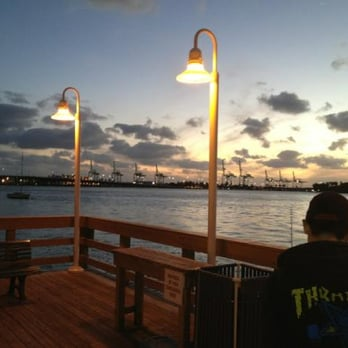 800 west fishing pier fishing 800 west ave miami for Miami fishing piers