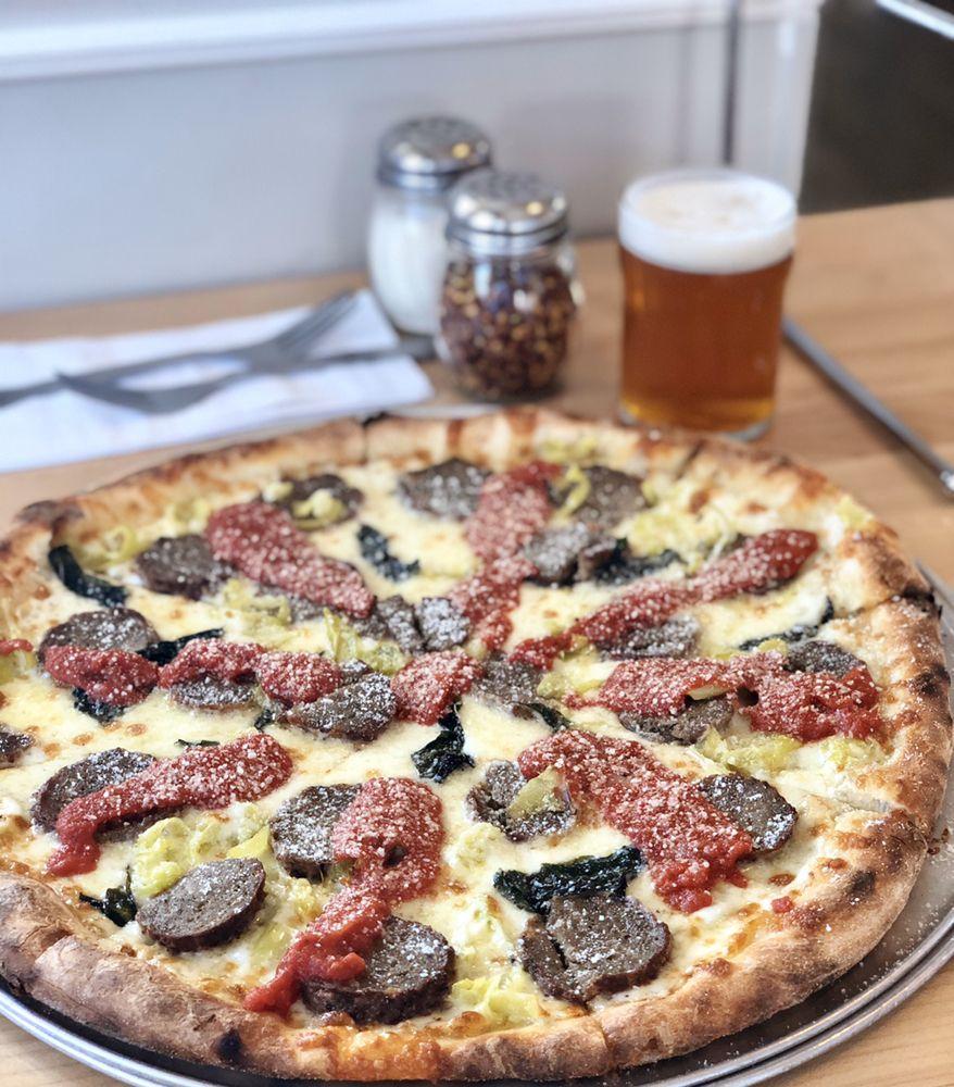 Juicy's Pizza: 155 Park St, Lakeport, CA