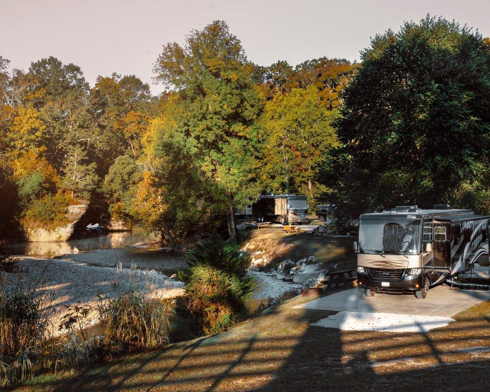 Piney River RV Resort: 6869 Piney River Rd N, Bon Aqua, TN