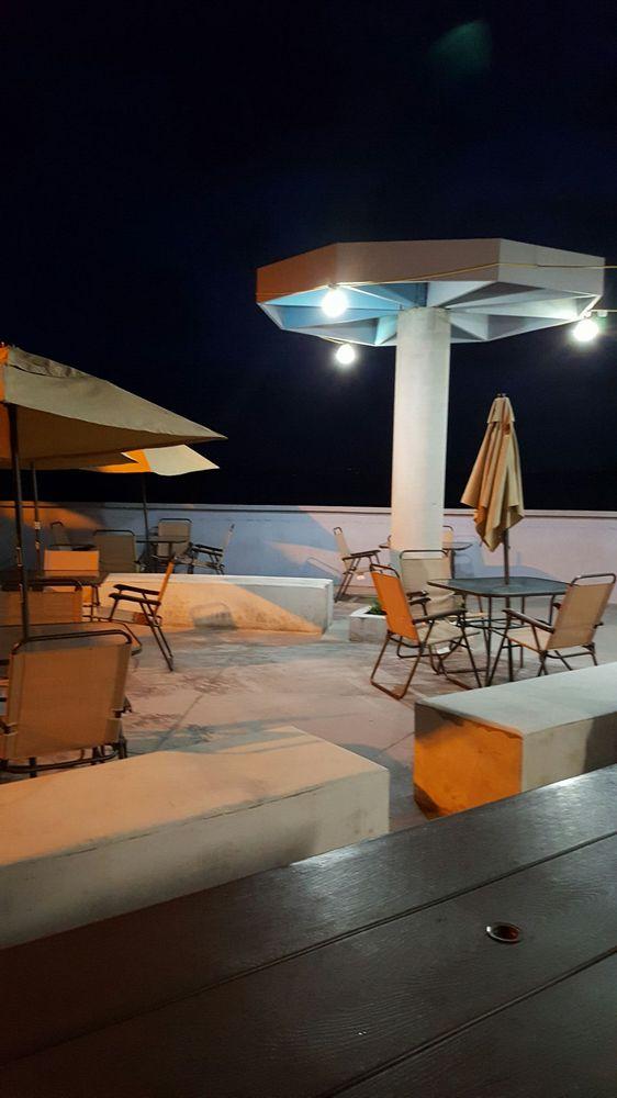 Mickey's Restaurant: Carretera 3 S/N, Naguabo, PR