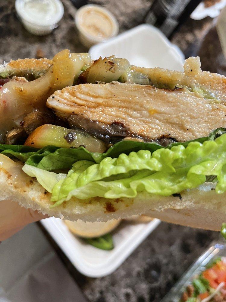 Brooks Burgers - Riverpark: 190 El Rd, Fresno, CA