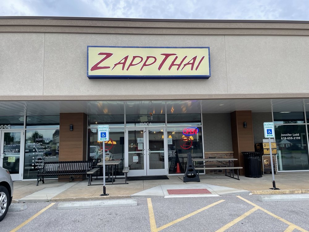 Zapp Thai: 1500 Troy Rd, Edwardsville, IL