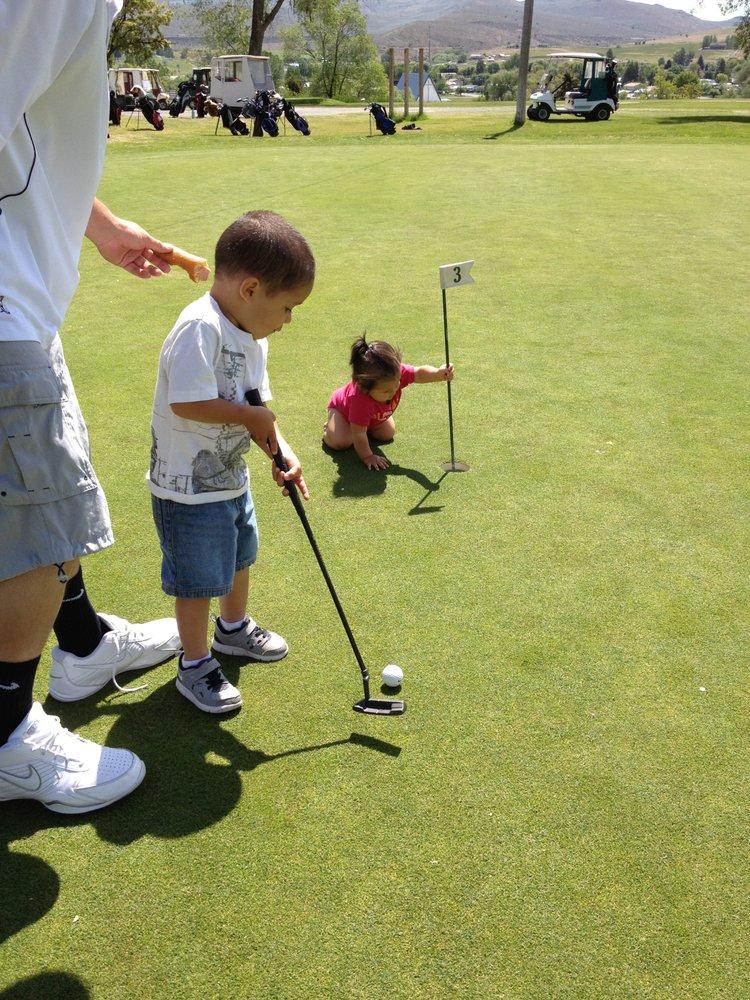 Fundamental Golf and Learning Center: 21661 S Beavercreek Rd, Oregon City, OR