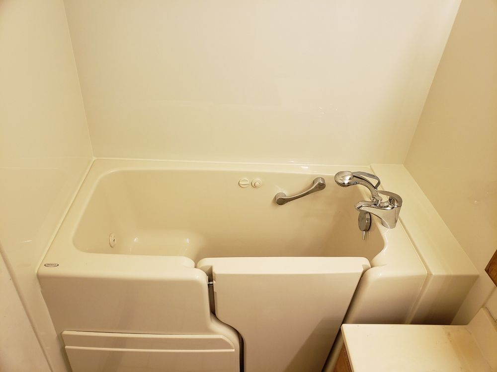 Burkco Bathrooms: Higginsville, MO