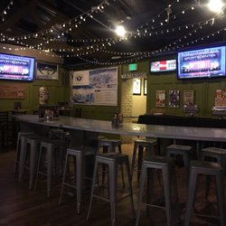 Stoney S Bar And Grill New 73 Photos 400 Reviews Sports Bars 1111 Lincoln St Capitol Hill Denver Co Phone Number Yelp
