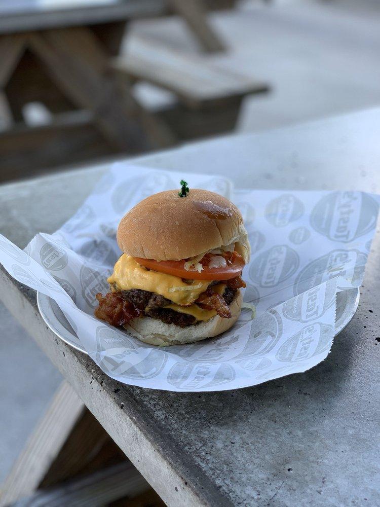 Tasty's Fresh Burgers