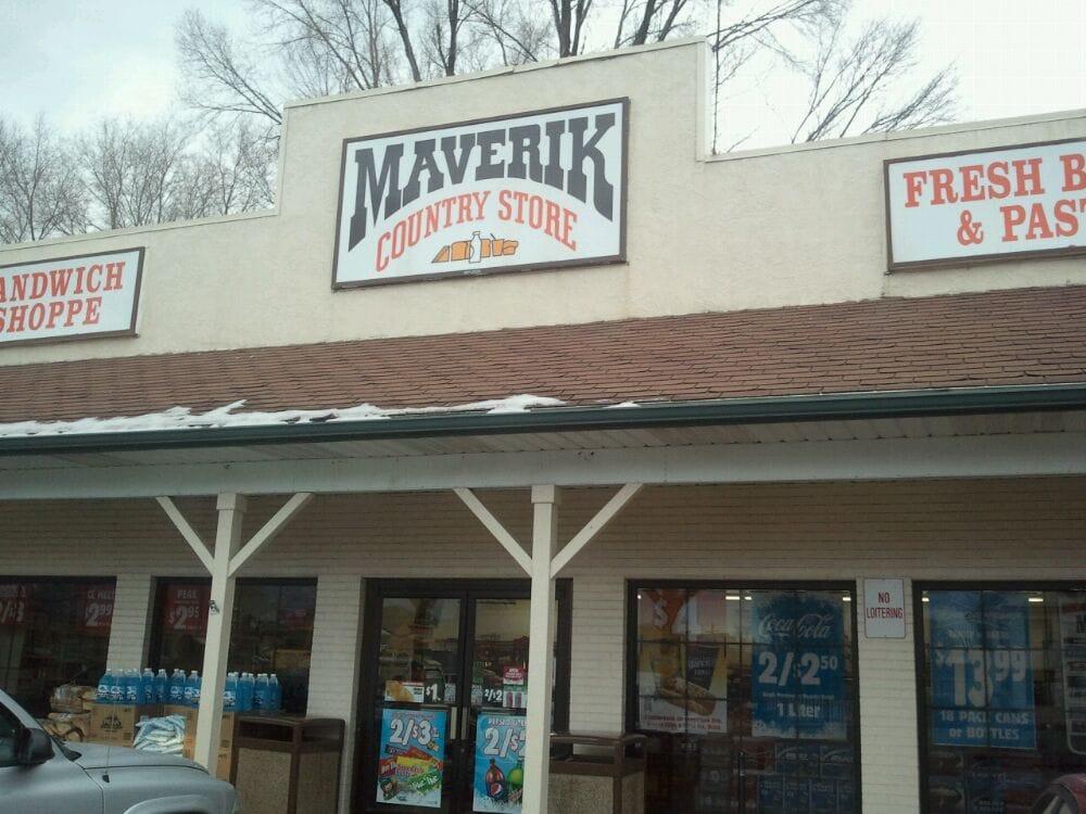 Maverik Country Store: 195 W Main St, Salina, UT