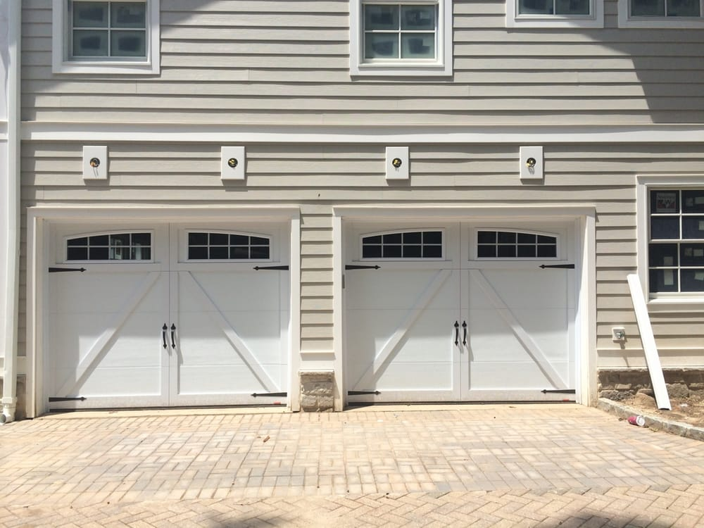 Garaga eastman collection 9 39 0 x 7 39 0 style e 22 ice for 11 x 7 garage door