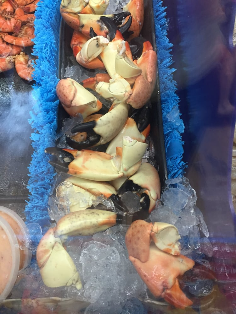 Stone crab claws yelp for Pops fish market