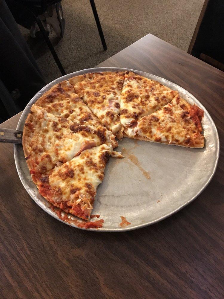 Pizza Haus: 301 W State St, Williamsburg, IA