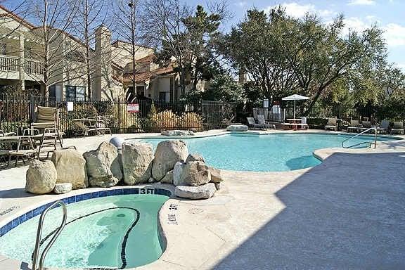 Villas at Parkway Village