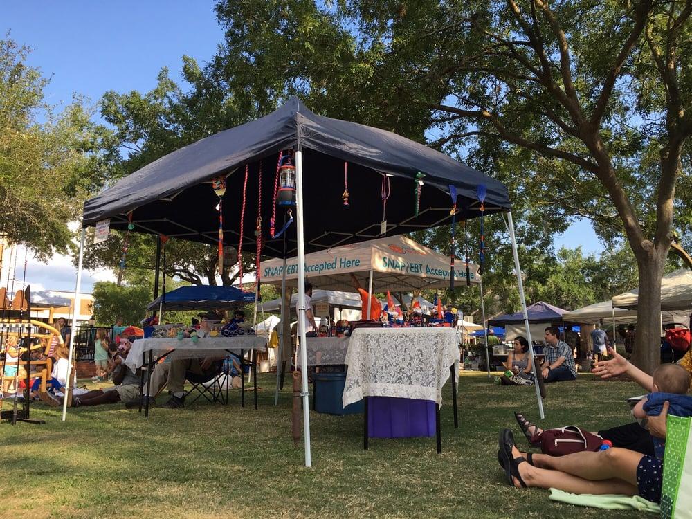 Union Street Downtown Farmer's Market: 111 E University Ave, Gainesville, FL