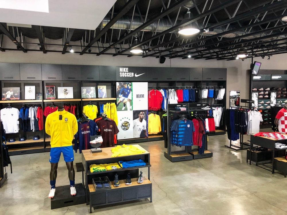 116269c5a8f0 Niky s Sports Bell Gardens - Yelp