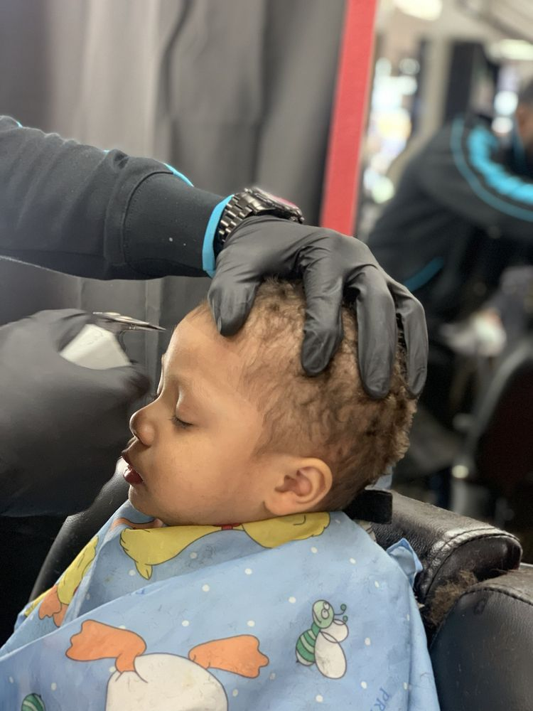 the DAPPERY Barber Shop: 16360 Foothill Blvd, San Leandro, CA