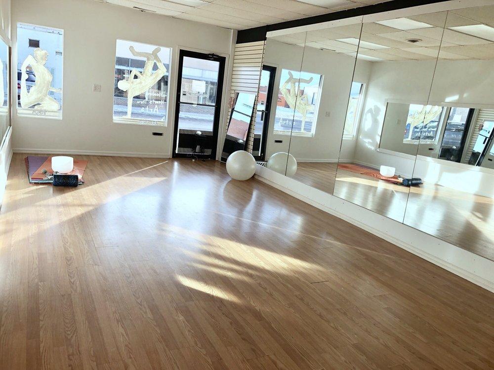 On Pointe Dance & Movement: 121 1st St, Eaton, CO