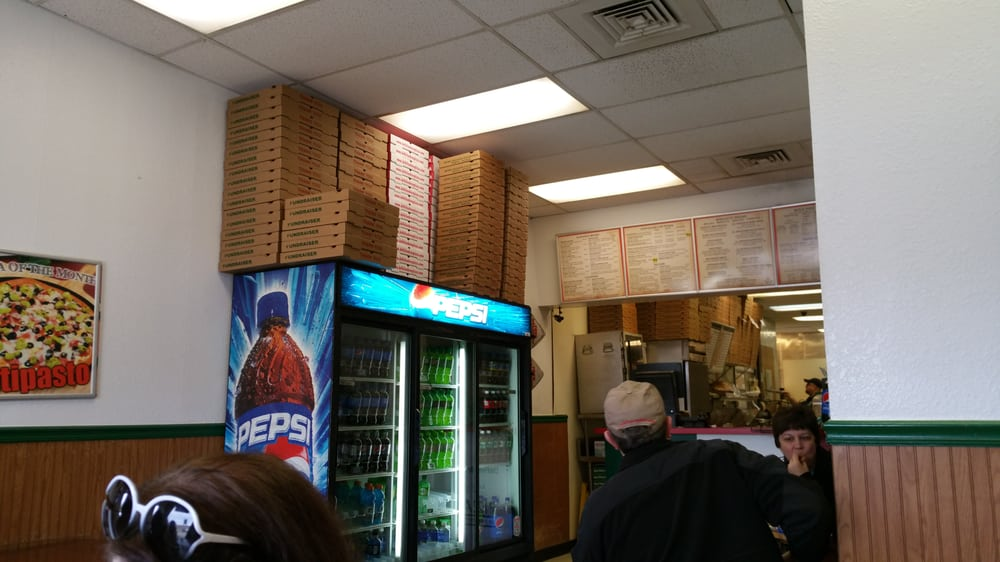 Defelice Bros Pizza: 217 Lafayette Ave, Moundsville, WV