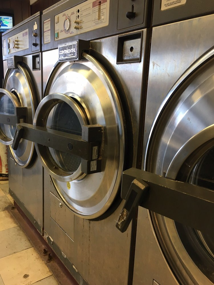 Community Plaza Laundry: 1200 State University Dr, Fort Valley, GA