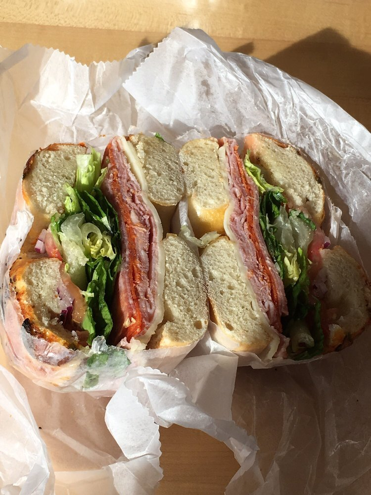 Food from Hello Bagel