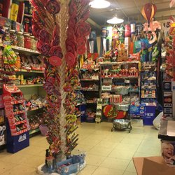 photo of old fashioned candy shop seattle wa united states