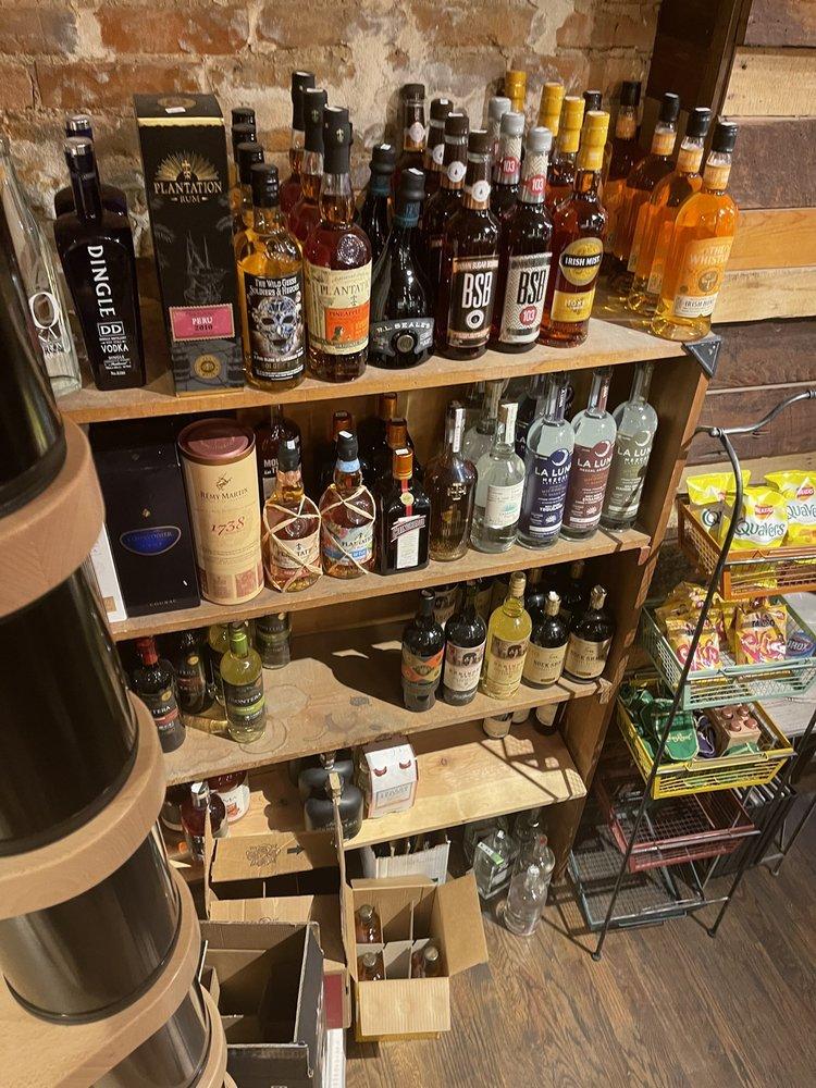 The Whiskey Snug: 404 Main St, Weston, MO