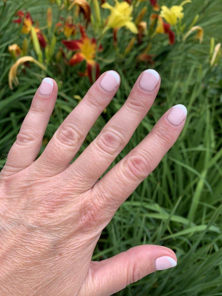 World Nails & Spa: 2064 Lime Kiln Rd, Green Bay, WI