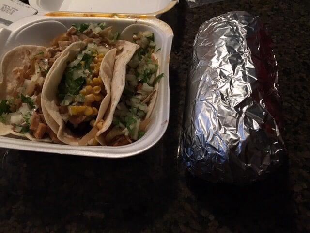 Burrito Wings: 503 S Front St, Mankato, MN